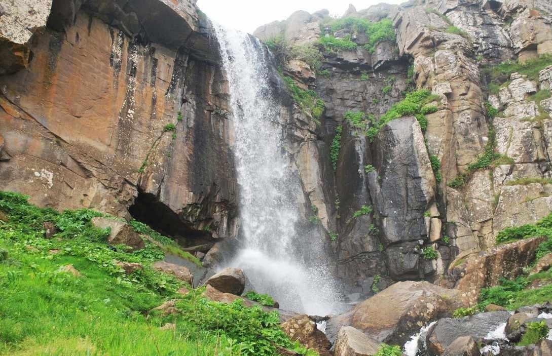آبشار ورزان سوباتان