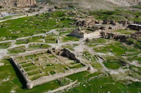 معبد آناهیتا {بیشاپور}