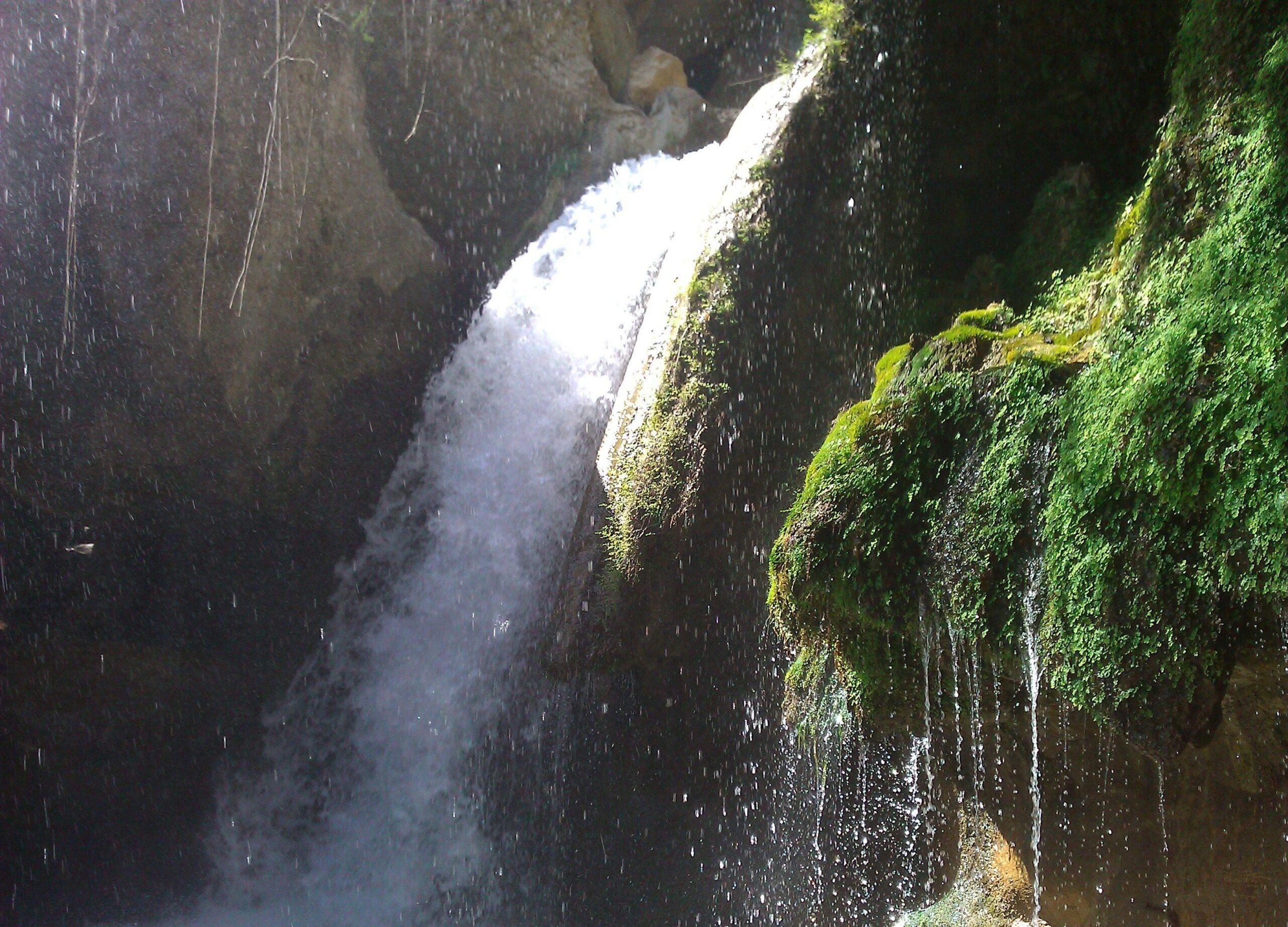 جاذبه گردشگری آبشار تنگ تامرادی استان کهگیلویه و بویراحمد