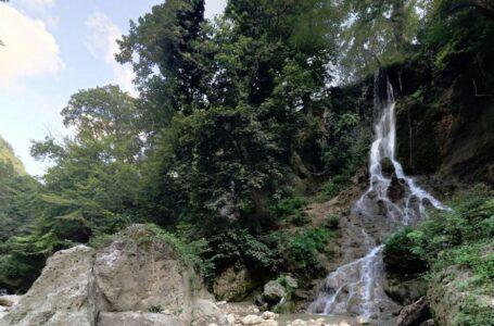 آبشار سمبی استان مازندران