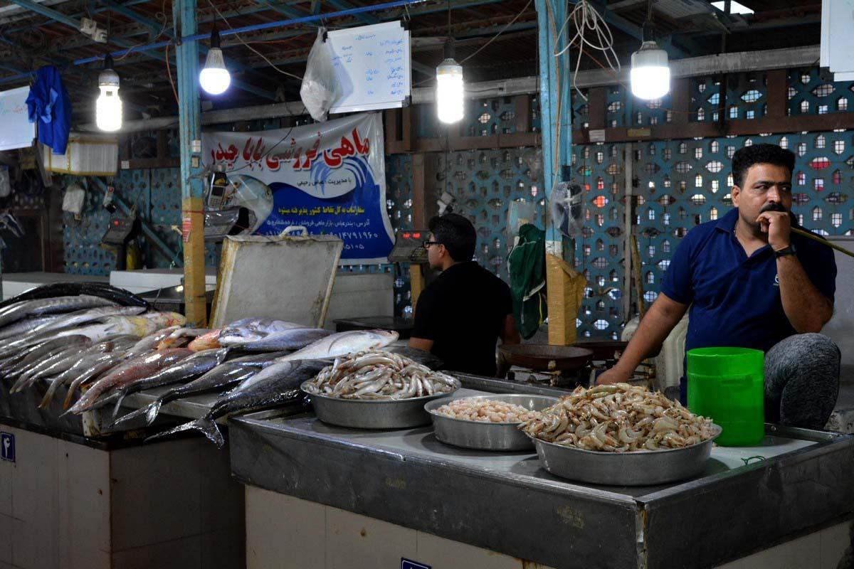 بازار ماهی فروشان،جاذبه های گردشگری بندر گناوه
