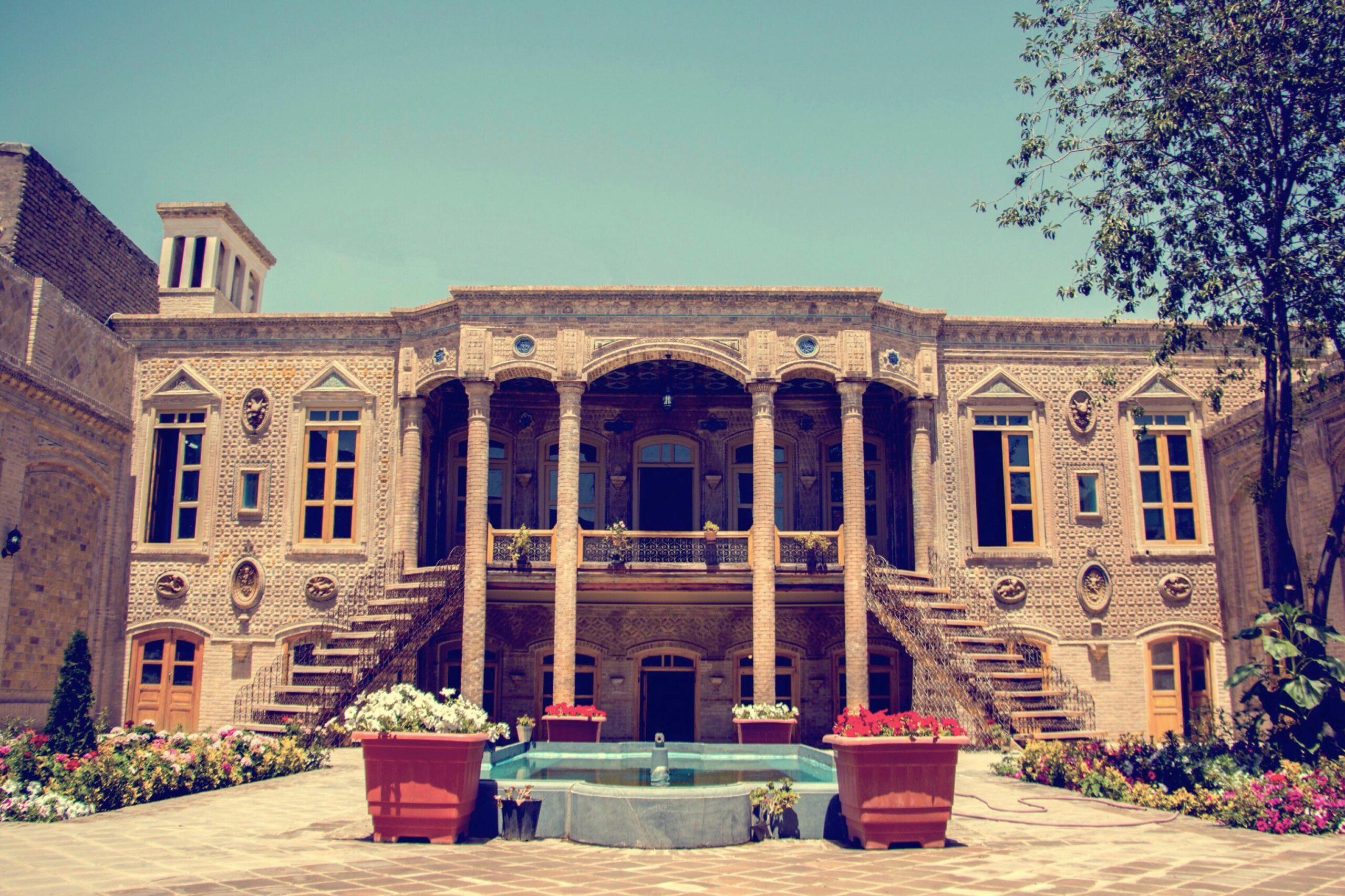 جاذبه های تاریخی شهر مشهد