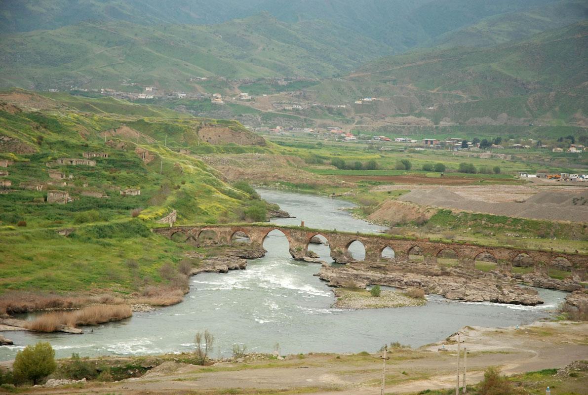 پل های رود ارس ، آذربایجان شرقی