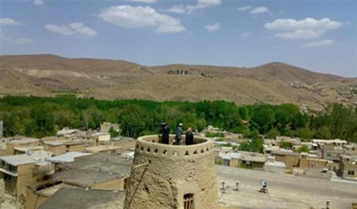 روستای پری یا پیروزهمدان