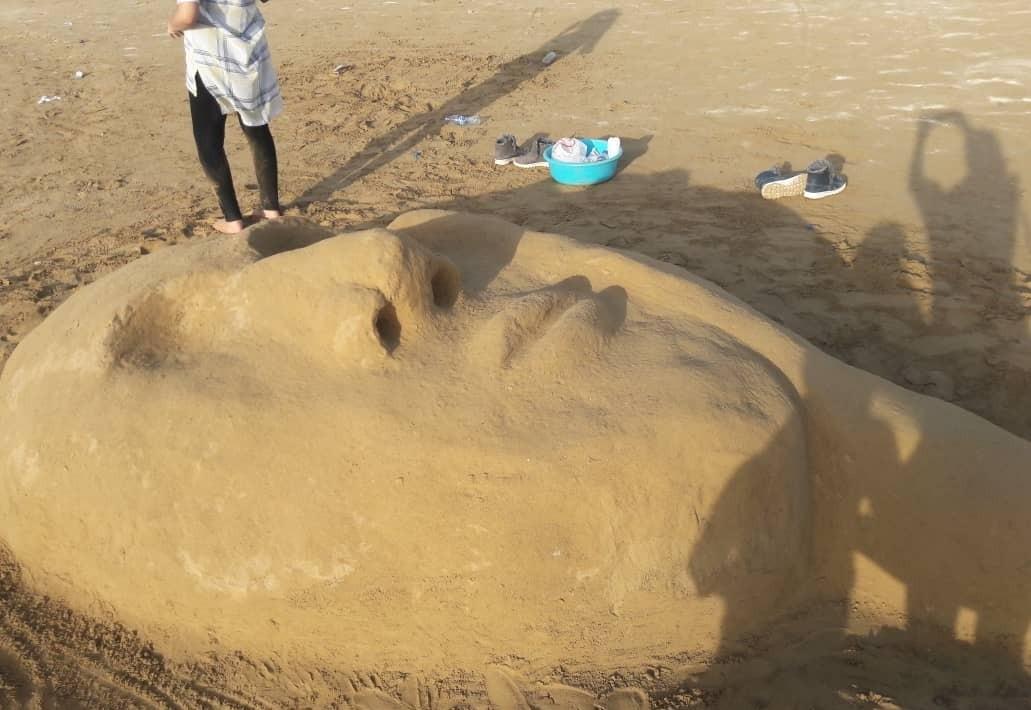 ساحل شنی، جاذبه های گردشگری بندر گناوه
