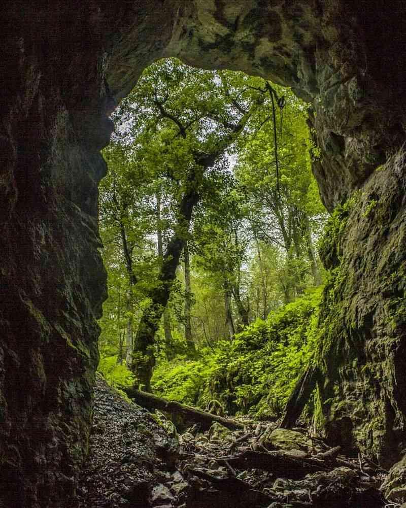 غار آویشو ، گردشگری شمال ایران
