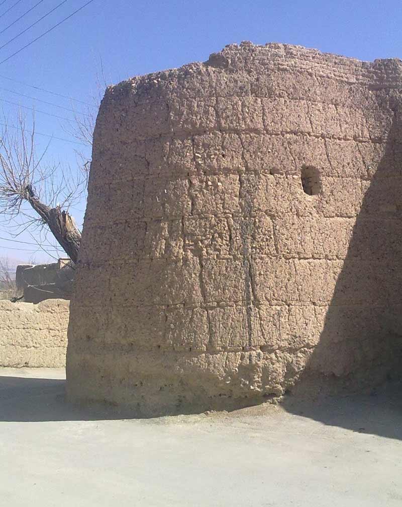 قلعه جمشیدی یا قلعه گبری