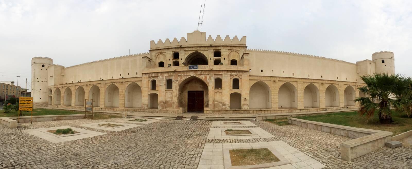 کاروانسرای مشیر الملک یا دژ برازجان، گردشگری بوشهر