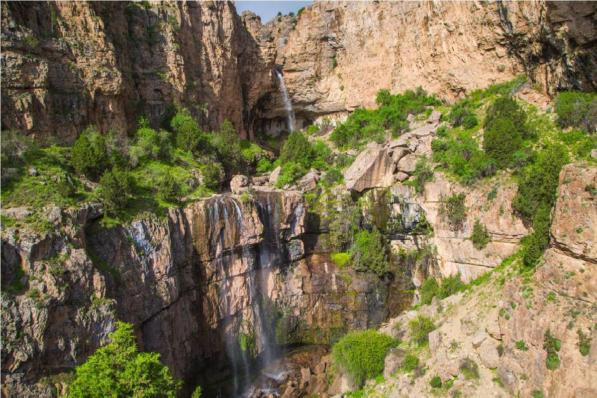 هزار مسجد ،گردشگری آبشار نورالی