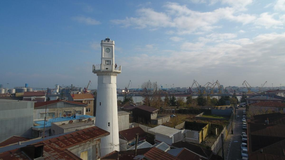 برج ساعت بندر انزلی