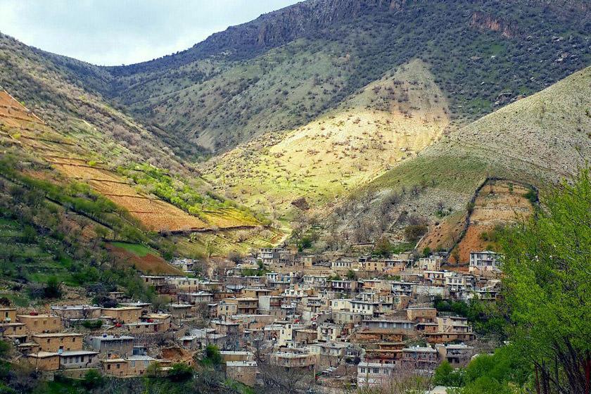 جاهای دیدنی شهر پاوه | روستای ساتیاری