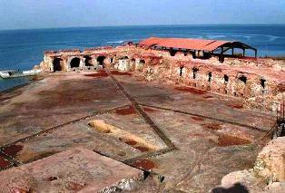 بناهای تاریخی جزیره هندورابی