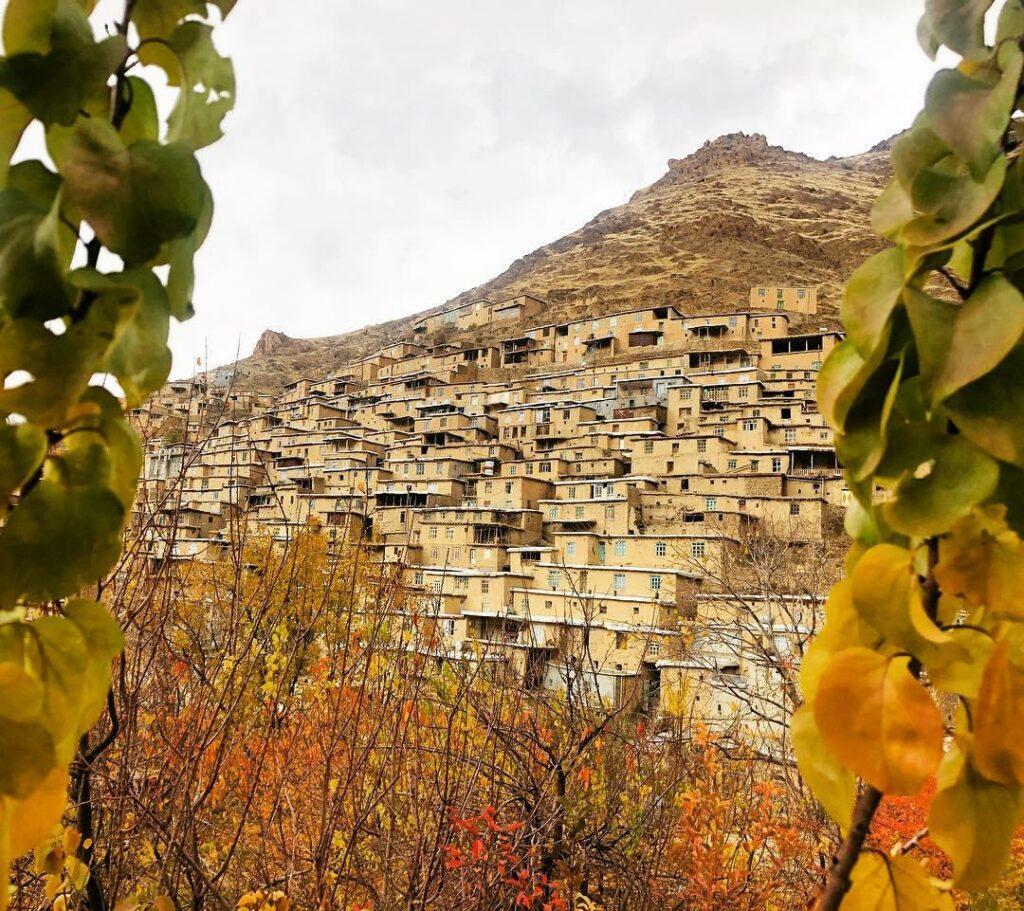روستای پلکانی دولاب
