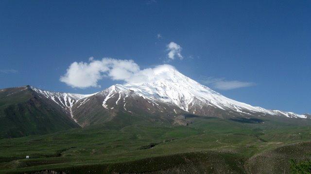 قله دماوند   از مسیر روستای ناندل