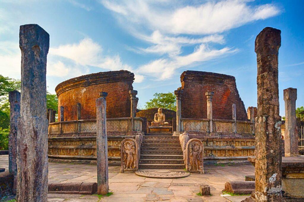 شهر تاریخی پولوناروا کلمبو