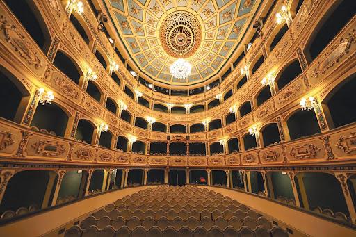 تئاتر مانوئل