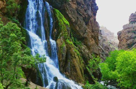 آبشار آب سفید الیگودرز | استان لرستان